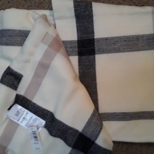 GAP cozy soft blanket scarf NWT!
